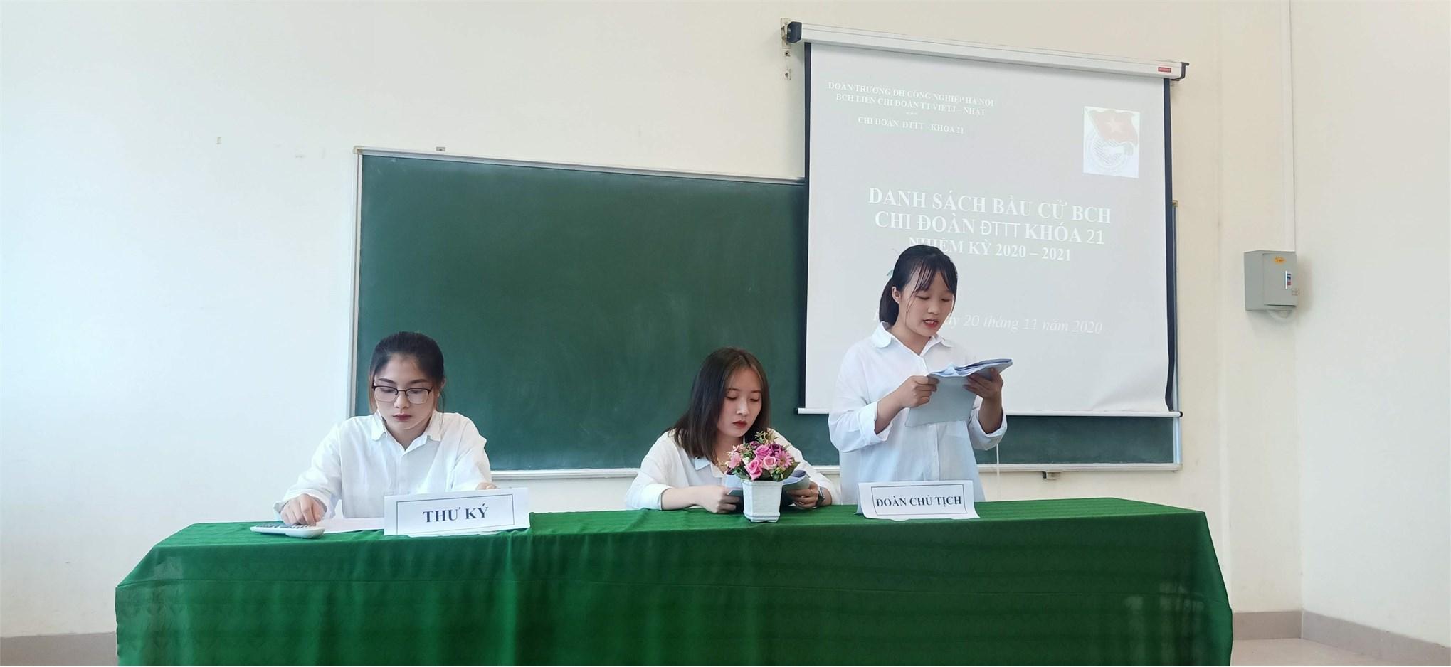 Đại hội chi đoàn Cao đẳng K21 – Trung tâm Việt Nhật