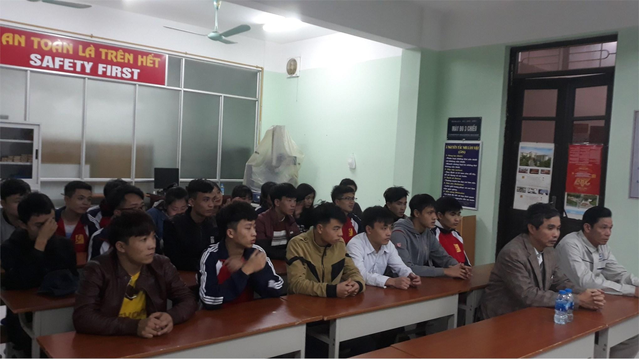 """Liên chi đoàn Trung tâm Việt Nhật tổ chức chương trình """"Tết ấm yêu thương 2020"""""""
