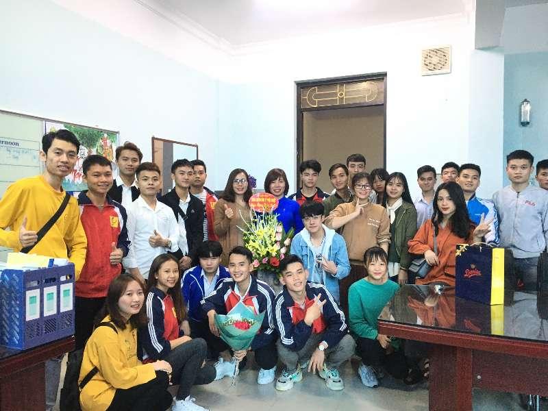 Ngày hội tri ân các thầy cô của sinh viên Trung tâm Việt Nhật