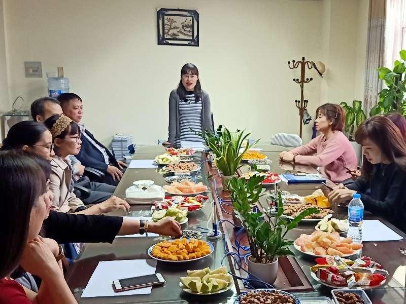 Tổ nữ công Du Lịch – Việt Nhật – Đào tạo thường xuyên họp bình xét nữ công năm 2020