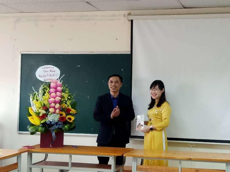 Tổ nữ công Du Lịch – Việt Nhật – Đào tạo thường xuyên tổ chức kỷ niệm chào mừng 111 năm ngày Quốc tế Phụ nữ 8/3